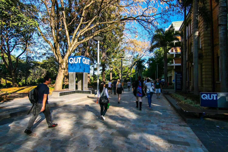 top STEM universities in Australia - QUT